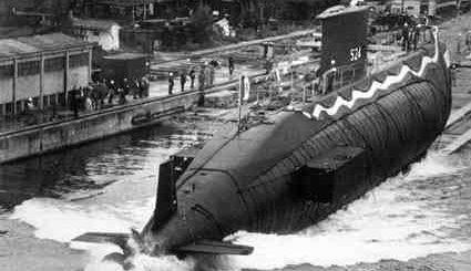 Wodowanie 20 czerwca 1992 roku okrętu podwodnego Primo Longobardo (S524). / Zdjęcie: tauromodel.it