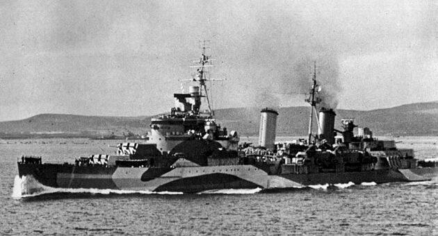 """Brytyjski krążownik lekki Belfast, który później tak dzielnie walczył z Scharnhorstem. / Zdjęcie: """"Ships of the World"""""""
