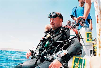"Grzegorz ""Banan"" Dominik przed 208 metrami nurkowania. Fot. ABYSS DIVING"